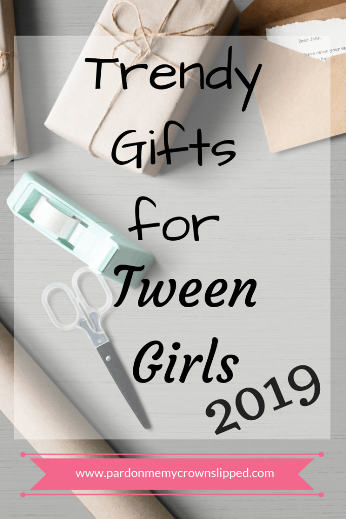 Get just the right gift for your tween girl with these top trendy presents. #tweengifts #giftsforgirls #giftgiving
