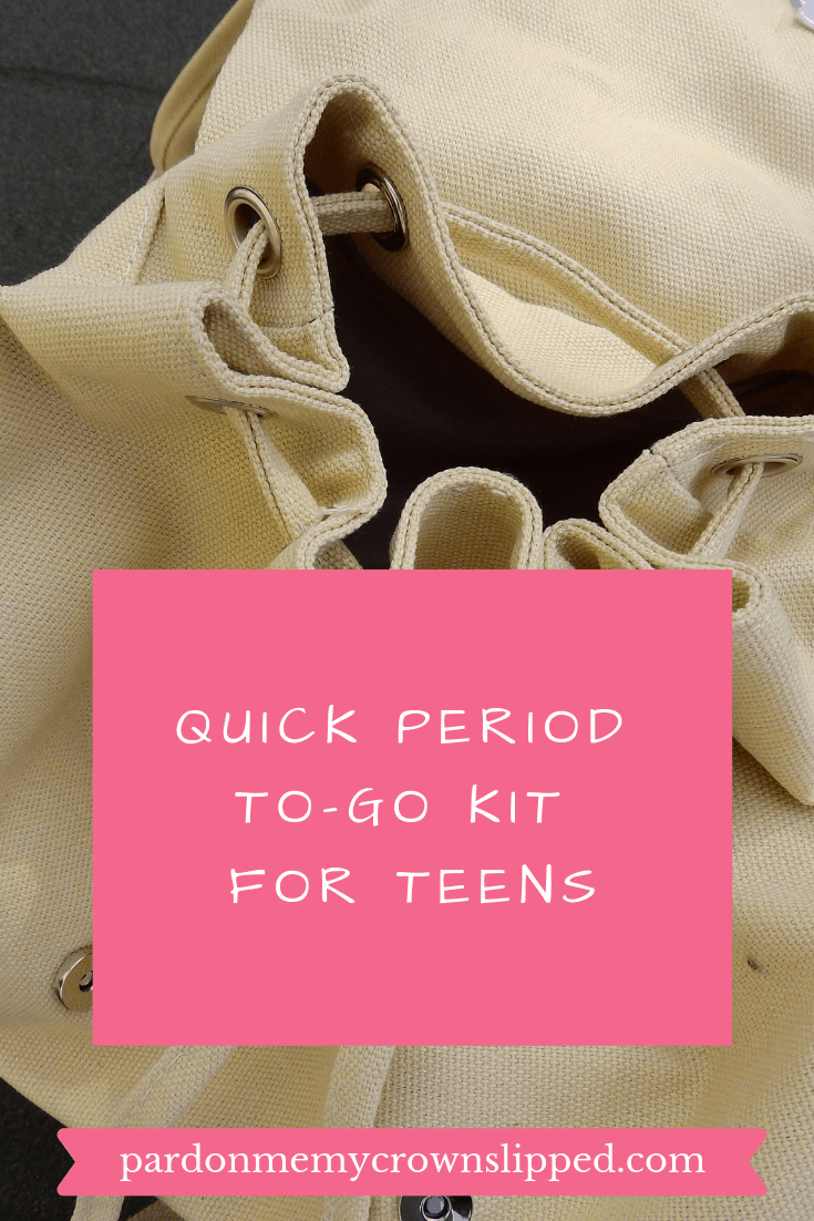 Be prepared for starting your period when on the go with this quick and easy DIY period to-go kit